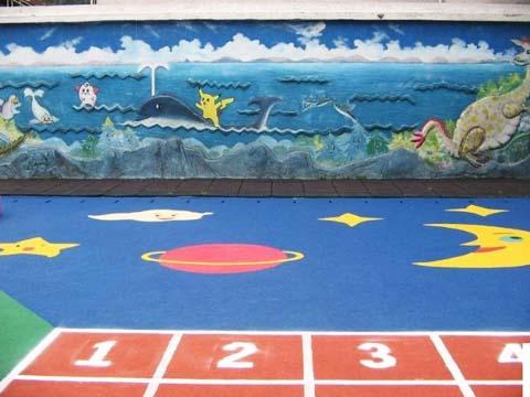 幼儿园地面设计和施工,可以根据园方的实际需要设计不同的卡